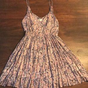 SALE🌸3/$20 Pleated Summer Dress